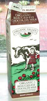 Organic Valley Chocolate Reduced Fat Milk (quart)