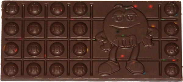 photo of M&M's Milk Chocolate Bar with Minis