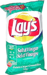 Lay's Salt & Vinegar Potato Chips (Sel et Vinaigre Croustilles)