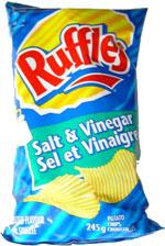 Ruffles Salt & Vinegar Potato Chips (Sel et Vinaigre Croustilles)